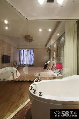 现代卧室玻璃隔断间装修实例