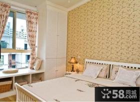 欧式风格卧室英伦风小碎花背景图欣赏