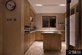 中式家居U型厨房设计图片