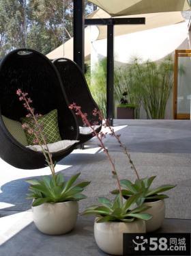 室外阳台藤摇椅图片