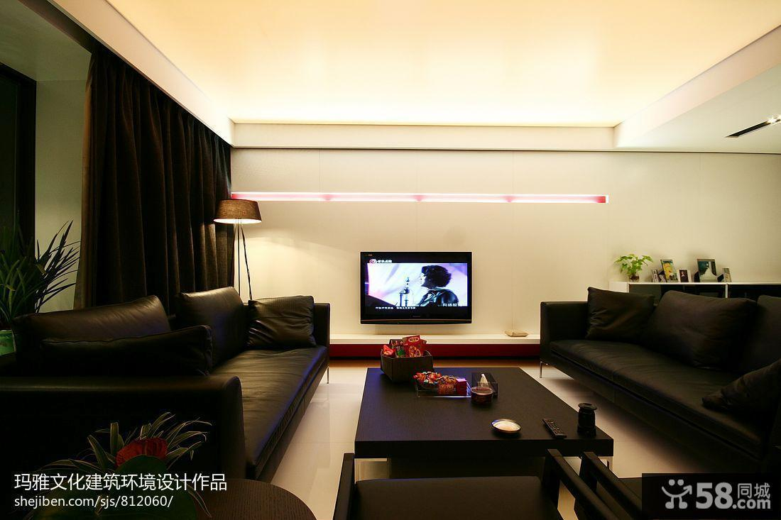 四居室简装白色调客厅影视墙效果图