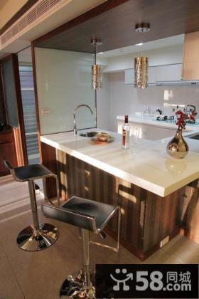 开放式现代别墅厨房装饰设计效果图片