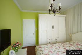 现代家装卧室衣柜图片欣赏
