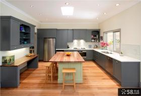 简约风格大户型厨房装修