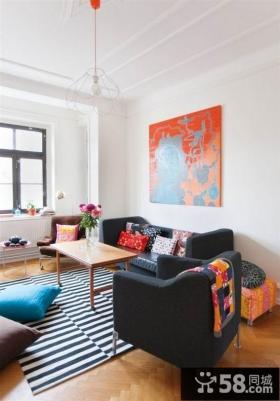家庭客厅沙发背景墙效果图