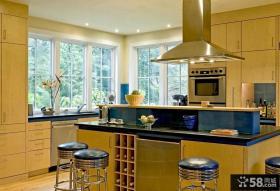 美式乡村风格厨房整体橱柜图片