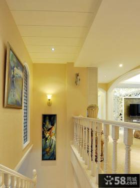 宜家楼梯间相片墙图片