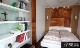 现代风格卧室床头木质背景墙装修效果图