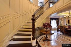 古典家居装修别墅楼梯图片欣赏