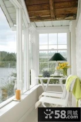 美式风格房间阳台装修效果图