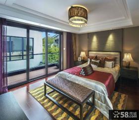 新中式带阳台卧室装修效果图