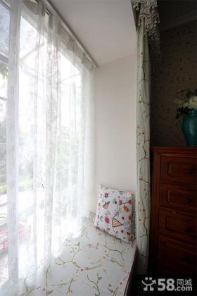 阳台飘窗窗帘装修效果图欣赏