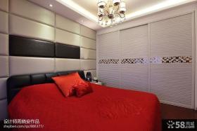 现代简约风格卧室床头软包皮背景墙设计图