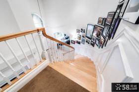 简约设计室内楼梯间相片墙效果图