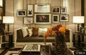 现代风格家居客厅沙发装饰画