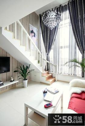 复式客厅窗帘装修效果图
