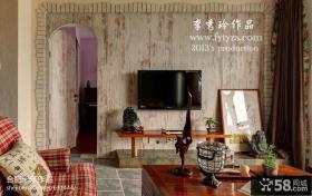 客厅电视背景墙隐形门设计