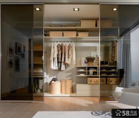 客厅衣柜玻璃推拉门玄关图片