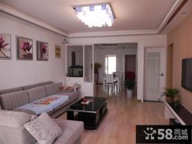 小户型二居客厅隔断装修效果图