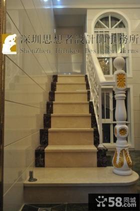 欧式风格扶手楼梯效果图