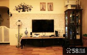 美式风格小客厅电视背景墙