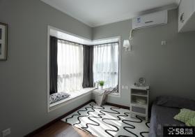 简约卧室转角飘窗装修效果图片