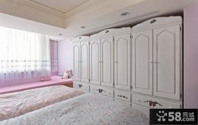 温馨卧室欧式衣柜设计图