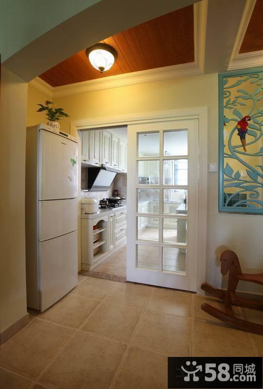 家庭厨房移门装修效果图