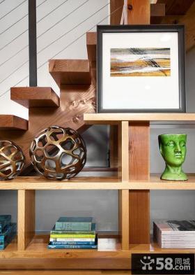 别墅客厅实木置物架装饰画欣赏