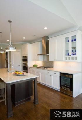 2013开放式厨房吧台设计效果图