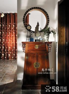 三室两厅中式古典玄关柜图片