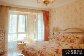 温馨卧室无纺布壁纸效果图片