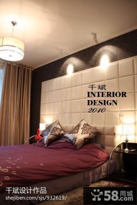 现代简约风格卧室床头软包皮背景墙装修图片