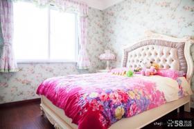 温馨卧室壁纸装修效果图片