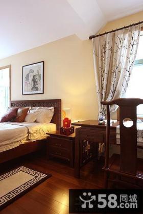 二居中式风格卧室装修效果图片