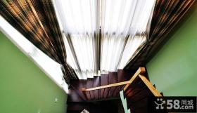 简欧风格别墅木楼梯设计图片