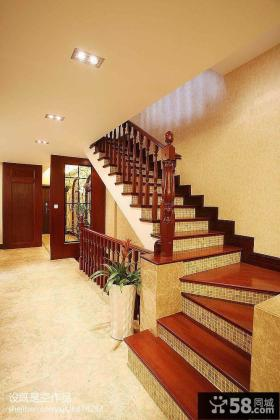 美式别墅室内楼梯设计