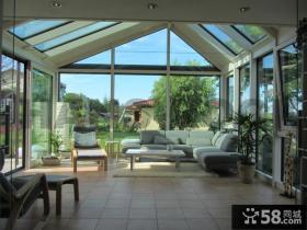 家庭设计装修封闭式阳台效果图
