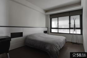 现代简约风卧室装修设计案例图