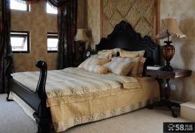 别墅卧室床头灯图片