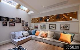 简约风格阁楼客厅转角沙发装修效果图