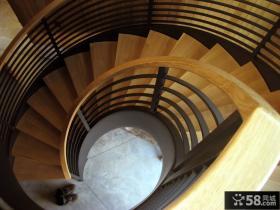 家庭旋转楼梯设计图