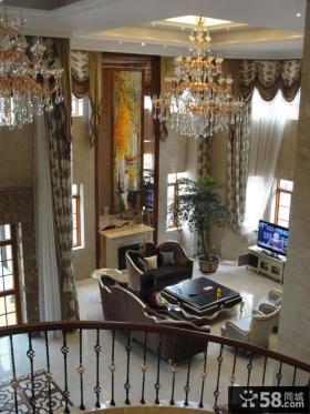 别墅挑高客厅水晶吊灯效果图