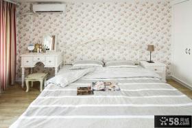 卧室碎花壁纸图片大全
