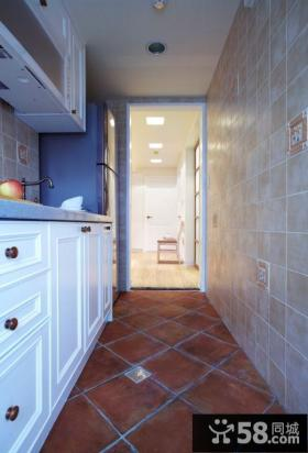 美式风格厨房玄关设计图