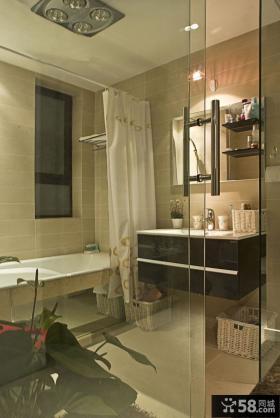 现代风格卫生间浴室玻璃门图片