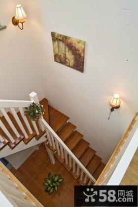 复式楼楼梯装饰效果图欣赏
