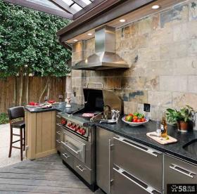 现代阳台厨房装修效果图