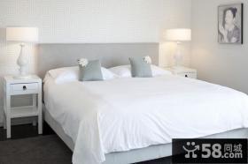 9万打造温馨舒适欧式风格小户型卧室装修效果图大全2012图片