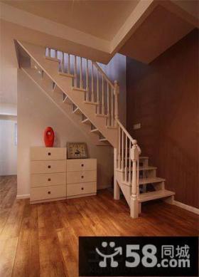 简约风格跃层楼梯装修效果图
